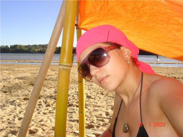 Ana Paula . 20 e poucos anos . estudante direito